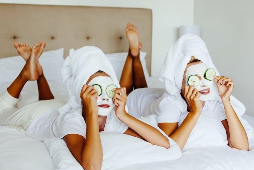 Да се разкрасим с маски за всеки повод