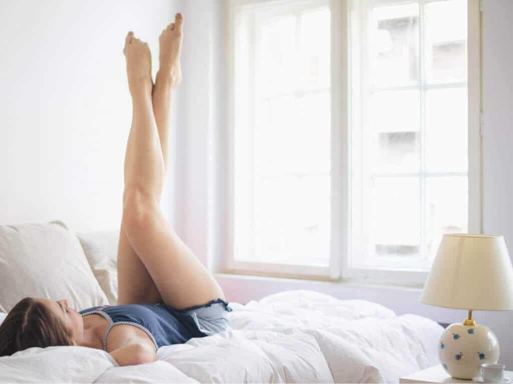 Упражнения срещу сгъване на краката в колената